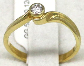 Damenring in 585er Gold mit Diamant (Art.Nr. R-049)
